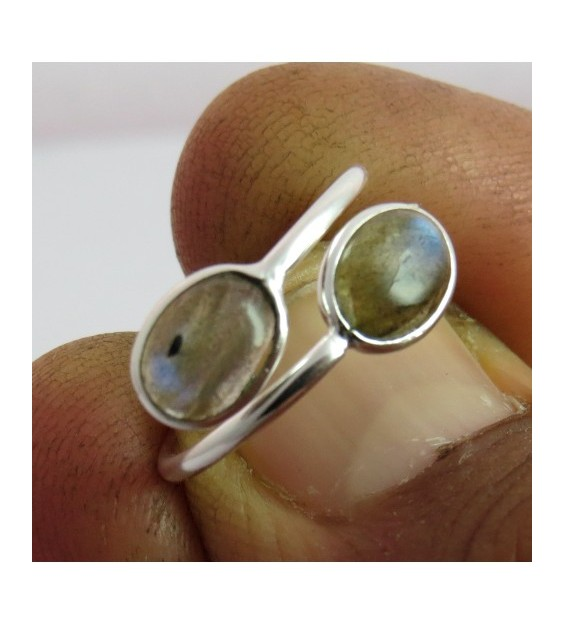 Duo stone ring - Rainbow Moonstone